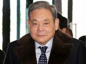 Απεβίωσε σε ηλικία 78 ετών ο πρόεδρος της Samsung, Λι Κουν Χι – Newsbeast